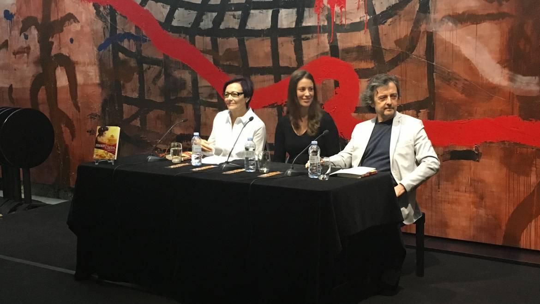 Crónica de la presentación de Hierro y seda, Zaragoza